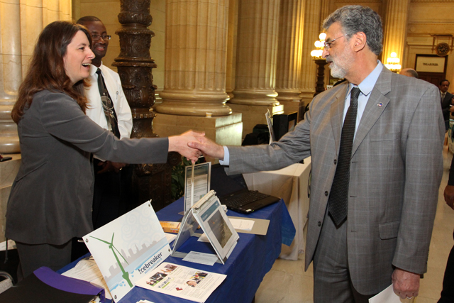 Mayor Jackson greets businesses during last year's Year of Advanced and Renewable Energy kick-off
